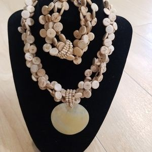 Jewelry - Wooden bead necklace and bracelet set